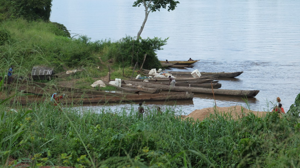 Pirogues on the Sangha river // Ouesso, Congo